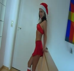 Smoking hot santa girl does sexy poses